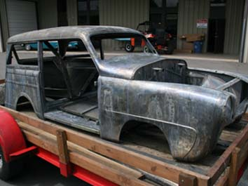 Dipping Cars To Remove Paint And Rust
